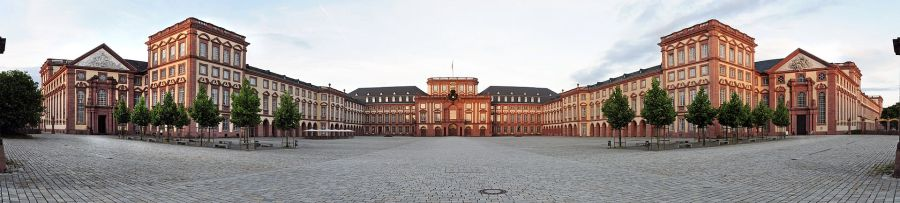 PHOTO 1 Panorame Mannheim Palace